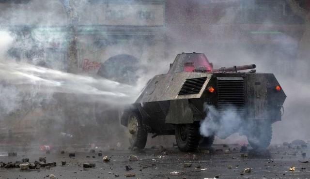 Violentos disturbios en Chile 50 días después del estallido social