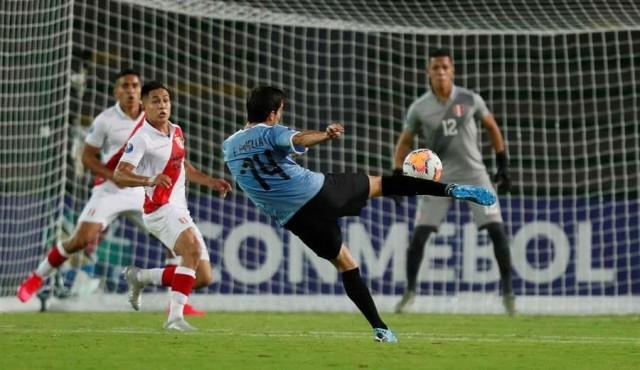 Uruguay ganó y depende de otros para clasificar