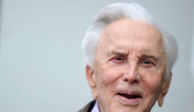 Adiós Espartaco: leyenda del cine Kirk Douglas muere a los 103 años