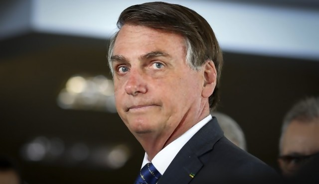 Bolsonaro califica a Greenpeace de basura