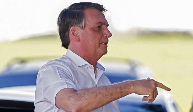 Bolsonaro desatado contra sus adversarios, multiplica los ataques verbales