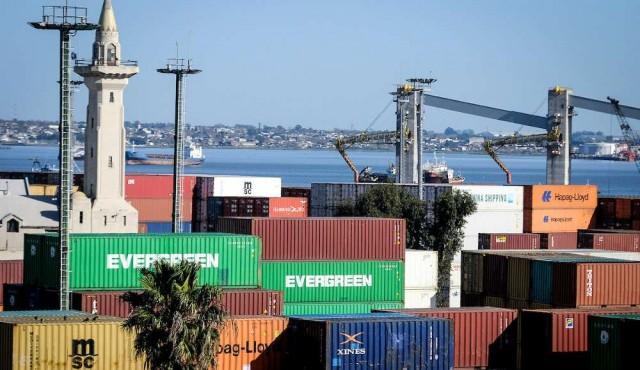 Exportaciones acumulan caída de 11% en el año