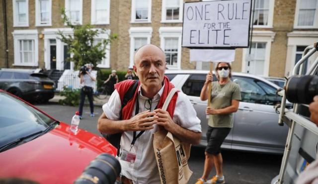 El gobierno británico, sacudido por la polémica sobre el influyente asesor de Johnson