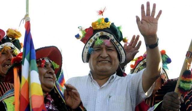 Desde el destierro, Evo Morales apuntala a su partido en la campaña electoral