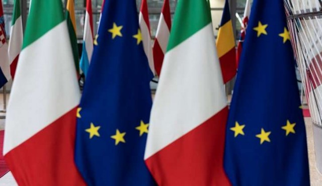Senador italiano lanza el partido Italexit, inspirado al Brexit