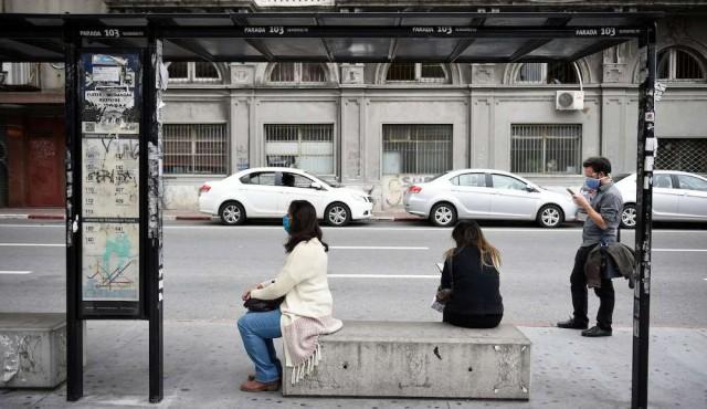 """La """"guerra del centavo"""" en el transporte de Montevideo"""