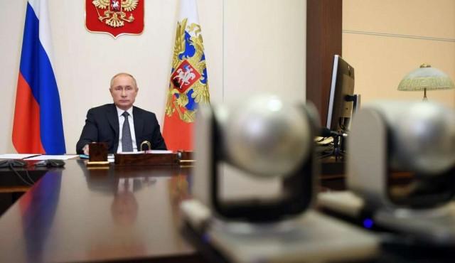 Putin dijo que Rusia tiene la vacuna contra el Covid y que una de sus hijas se inoculó con ella