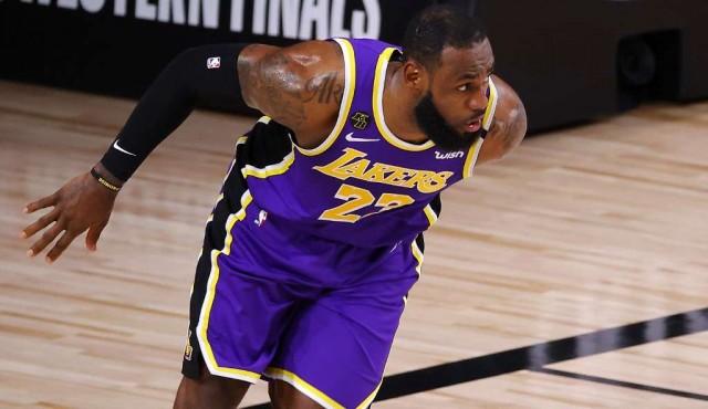 LeBron James, diez finales NBA y una promesa por cumplir a Kobe Bryant