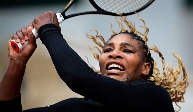 Serena Williams se retira de Roland Garros por lesión