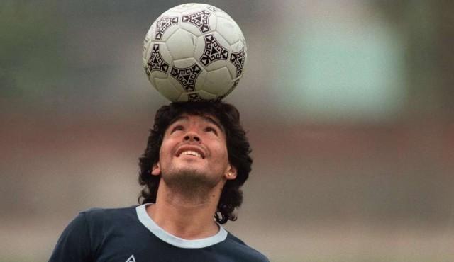 Maradona, un astro mundial que marcó al fútbol para siempre