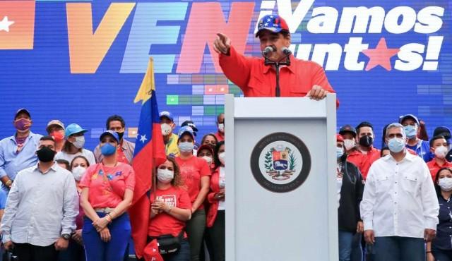 El chavismo elige un nuevo Parlamento y deja a Guaidó contra las cuerdas