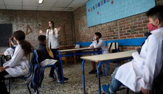 """""""Hay que destrozar ese relato de que los niños y las escuelas son un riesgo"""""""