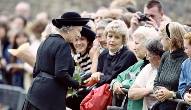 Entre recogimiento y fervor, los grandes funerales reales en el Reino Unido
