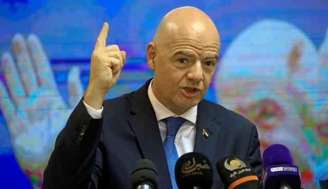 """La FIFA avisa de """"consecuencias"""" a los clubes de la Superliga europea"""