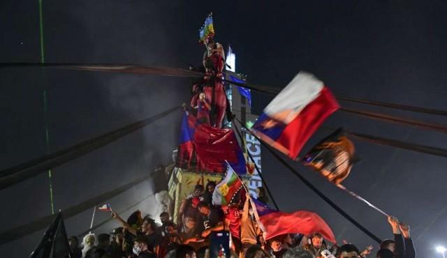 De los torniquetes a las urnas: los estudiantes chilenos empujaron la Constituyente