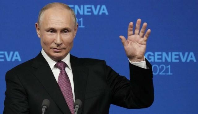"Putin califica de ""constructiva"" su primera cumbre con Biden"