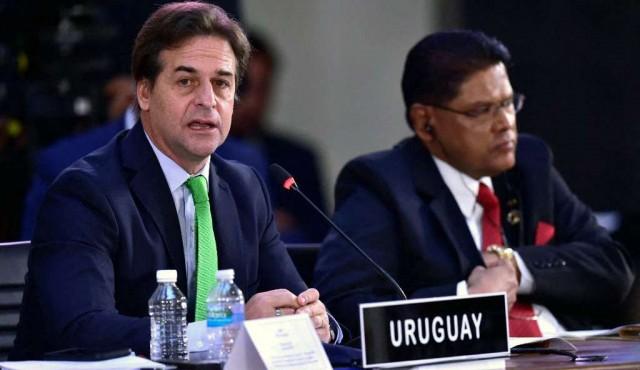 180.com.uy :: El cruce de Lacalle con Maduro y Díaz Canel en la Celac