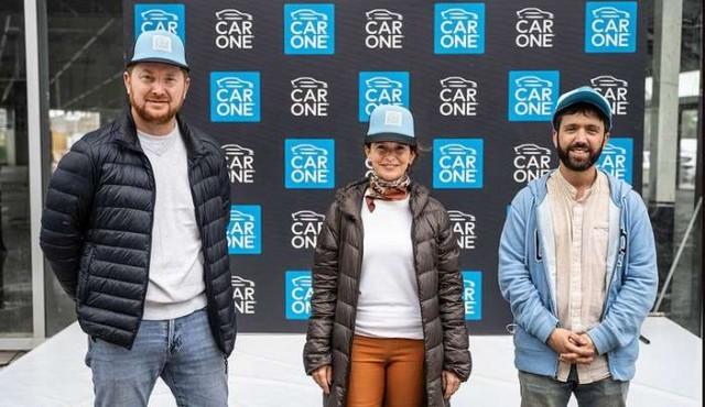 Car One invitó a disfrutar una innovadora competencia de autos a control remoto