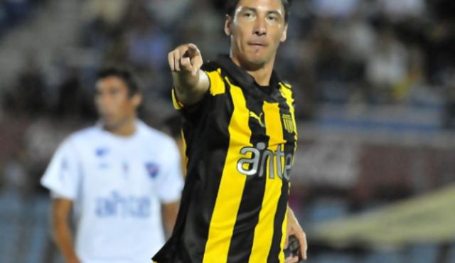 """Olivera, del """"griterío"""" del baby fútbol a la consagración en Peñarol"""