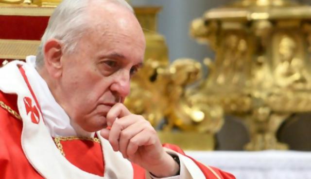 Francisco inicia la limpieza del banco Vaticano