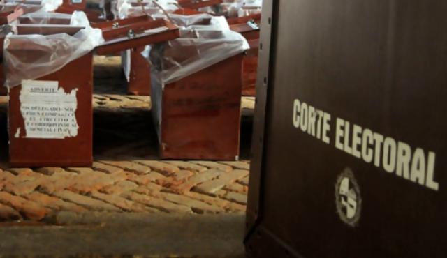Uruguayos en el exterior vuelven a reclamar el voto consular