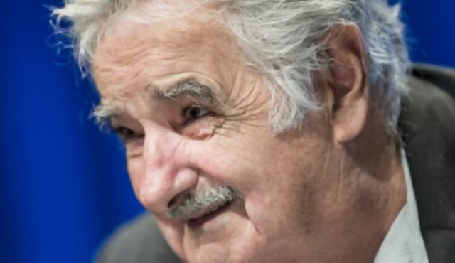 Mujica's stand up