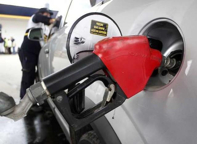 Portal 180 - Este martes se normaliza la carga de combustible en todas las estaciones