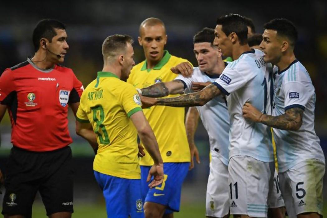 La semifinal entre Brasil - Argentina y el VAR en discusión — Audios | Del Sol 99.5 en el la Copa América 2019