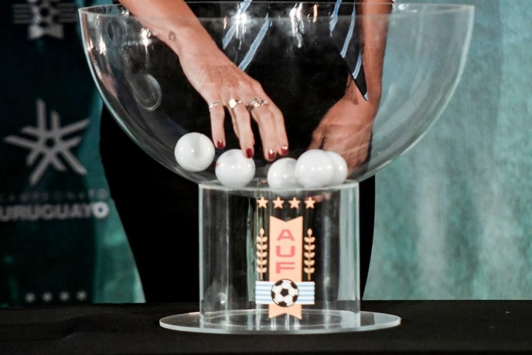 Darwin enojado con postergaciones y politización del fútbol — DelSol   Del Sol 99.5 en el Mundial Rusia 2018