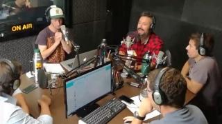 El Pato entró de prepo a La Mesa de los Galanes - Promos - DelSol 99.5 FM