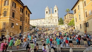 Roma, ciudad eterna - Tasa de embarque - DelSol 99.5 FM