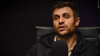 """""""Busco mezclar muchas influencias para crear un nuevo estilo"""" - Entrevistas - DelSol 99.5 FM"""