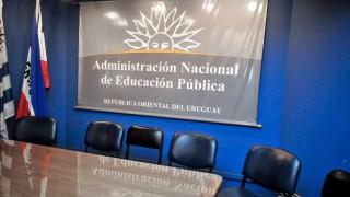 Director del Bauzá separado del cargo por denuncia de acoso sexual - Entrevistas - DelSol 99.5 FM
