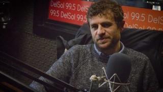 """La vida de Luciano Supervielle y el """"click en la música"""" tras un período de frustración  - Charlemos de vos - DelSol 99.5 FM"""