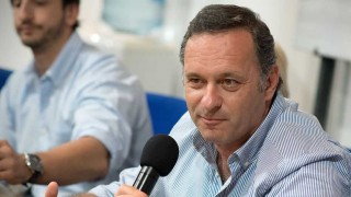 """Si Lacalle Pou es presidente derogará """"el decreto que habilita las ocupaciones"""" - Entrevistas - DelSol 99.5 FM"""