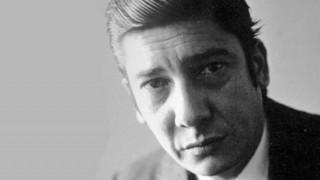 La vida de Alfredo Zitarrosa, el exilio y su compromiso con el pueblo - In Memoriam - DelSol 99.5 FM