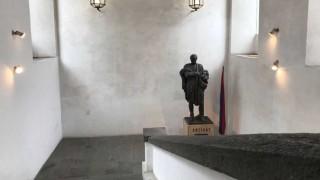 Ciudad Vieja: el origen, un barrio cosmopolita - Un barrio, mil historias - DelSol 99.5 FM