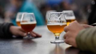 """Darwin, las limitaciones del alcohol y la nueva versión del """"Adiós juventud"""" - Columna de Darwin - DelSol 99.5 FM"""