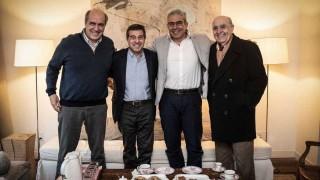 Ernesto Talvi anunció que ofreció la vicepresidencia a Robert Silva - Titulares y suplentes - DelSol 99.5 FM