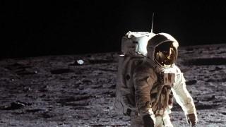 DelSol - Cómo el hombre llegó a la luna y para qué sirvió