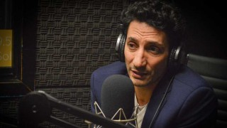 """Juan Minujín, el actor multiplataforma que conquista el cine con """"Los últimos románticos"""" - Entrevista central - DelSol 99.5 FM"""