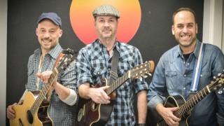 La Rockola Humana entre dos guitarras - La Rockola Humana - DelSol 99.5 FM