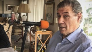 """La vida de Víctor Hugo Morales, el día que hizo llorar a Paco Casal y """"el camino de sus sueños políticos"""" - Charlemos de vos - DelSol 99.5 FM"""