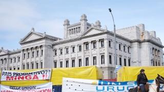 """""""No tiene sentido el planteo de Un Solo Uruguay"""" - Entrevistas - DelSol 99.5 FM"""