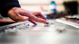 Versiones que arruinaron la original  - Playlist  - DelSol 99.5 FM