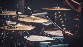 Las mejores baterías del rock - Playlist  - DelSol 99.5 FM