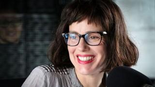 Una columna extorsiva con canciones extorsivas - Ines Bortagaray - DelSol 99.5 FM