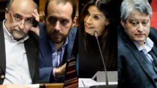 """El bullying a los parlamentarios que se van y el """"ahora sí"""" del FA  - Columna de Darwin - DelSol 99.5 FM"""