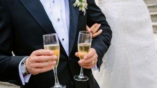 ¿Cuánto es lo mínimo que se pone en un colectivo para un casamiento? - Sobremesa - DelSol 99.5 FM
