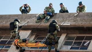 Las exigencias para entrar como militar y la propuesta de exportación de planchas - Columna de Darwin - DelSol 99.5 FM